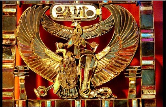 khaemwasets_tomb_treasure_serapeum-hans-ollermann-cca-2-0
